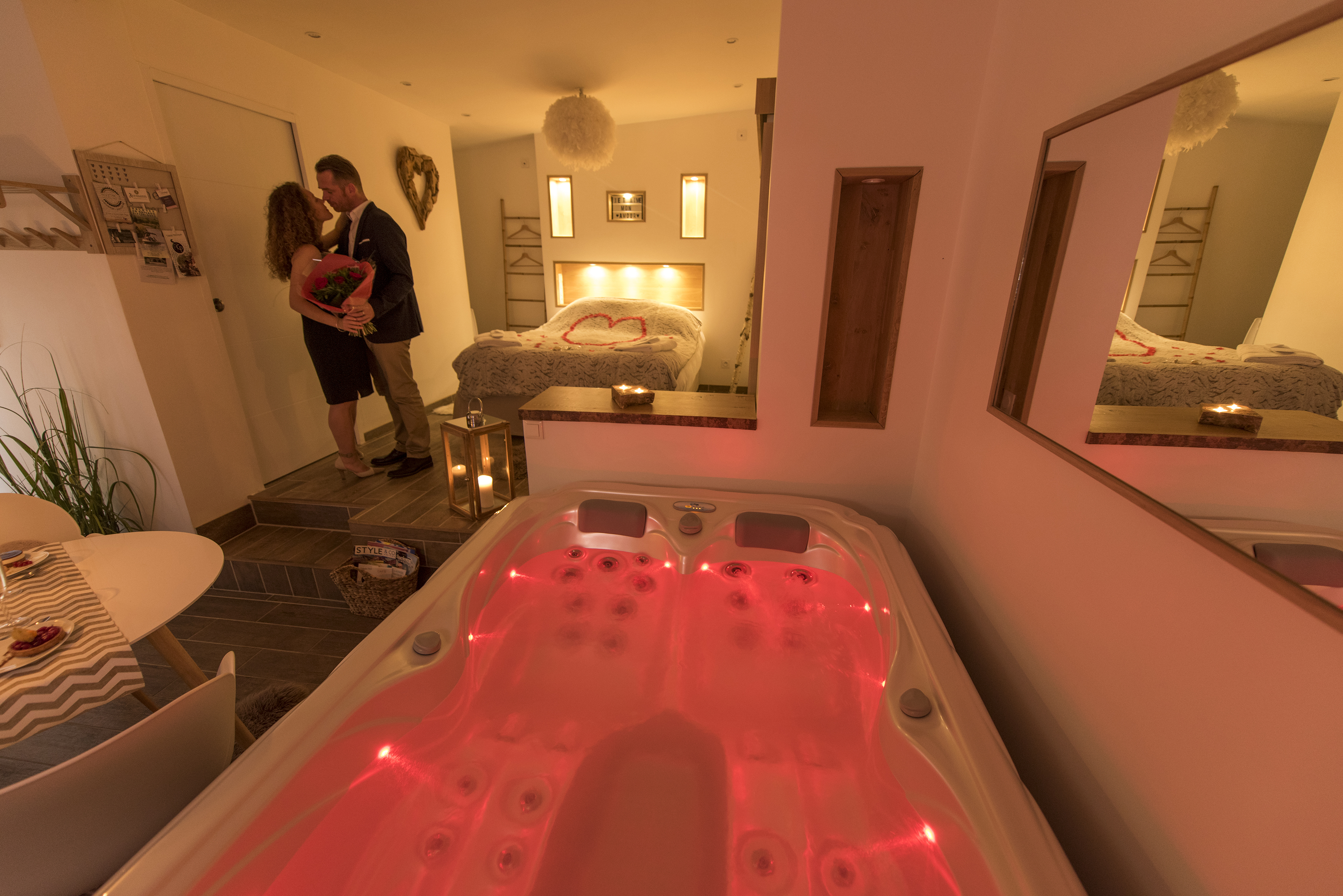 L\'escapade romantique: Chambre avec spa privatif au nord